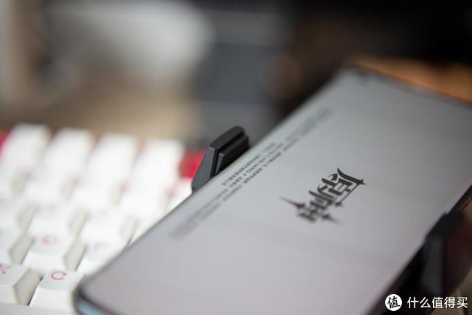 888原神手机神器,红魔双核冰箱级制冷体验全评测