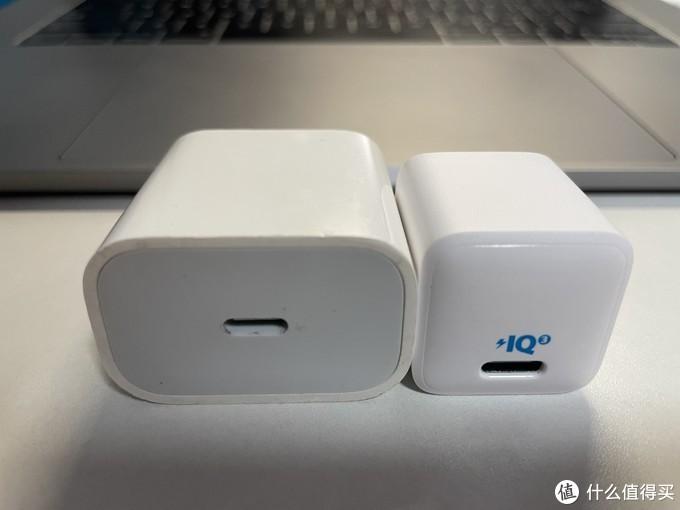 苹果20w和nano款正面