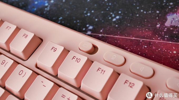 猛男都爱的粉红色:ikbc S200双模无线机械键盘开箱体验