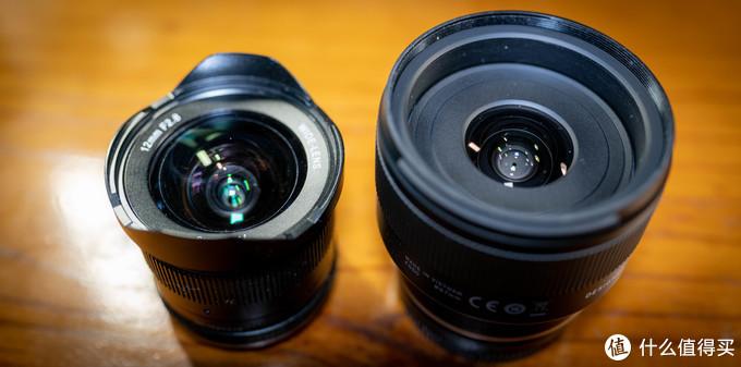 七工匠12mm F2.8值得买吗?对比3倍价格的腾龙20mm F2.8镜头