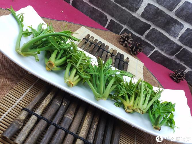香椿不只炒着吃,这款小凉菜更精致,不能错过,错过又得等一年