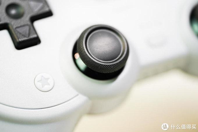 全平台制霸的游戏手柄:八位堂Pro2 蓝牙手柄上手体验