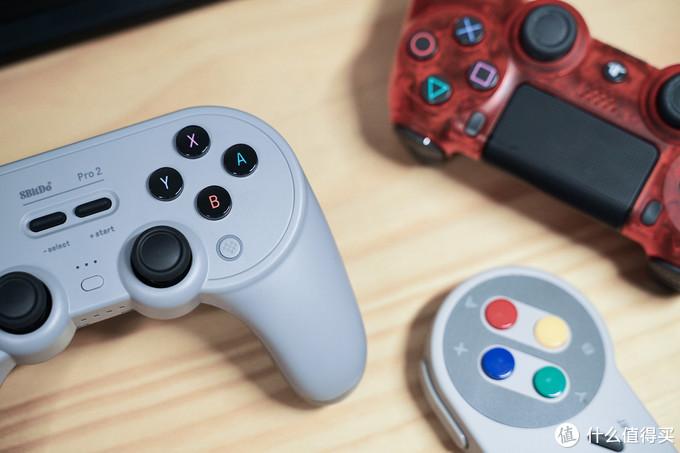 八位堂 Pro 2 蓝牙手柄带给你更专业更精英的游戏体验