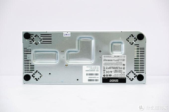 万兆网络,轻松搭建!威联通QSW-M408-2C交换机评测