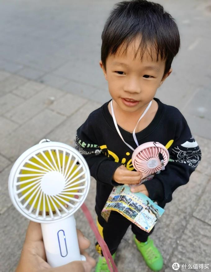 一人一把ORICO小风扇,带上娃一起去春游