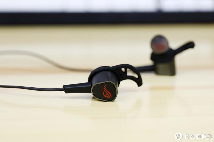 听声辨位的游戏利器,华硕 ROG 降临 2 标准版使用体验