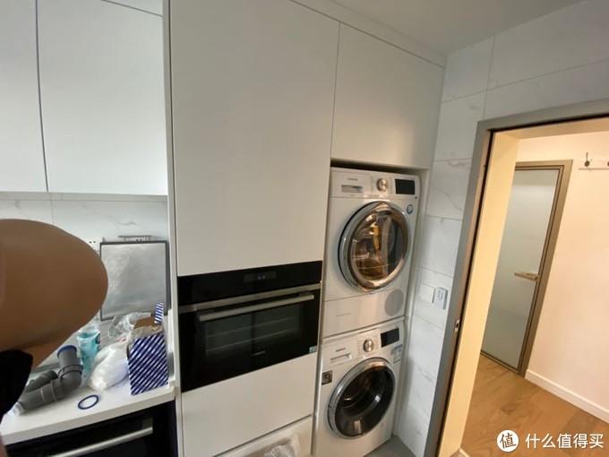 高柜和洗衣机柜