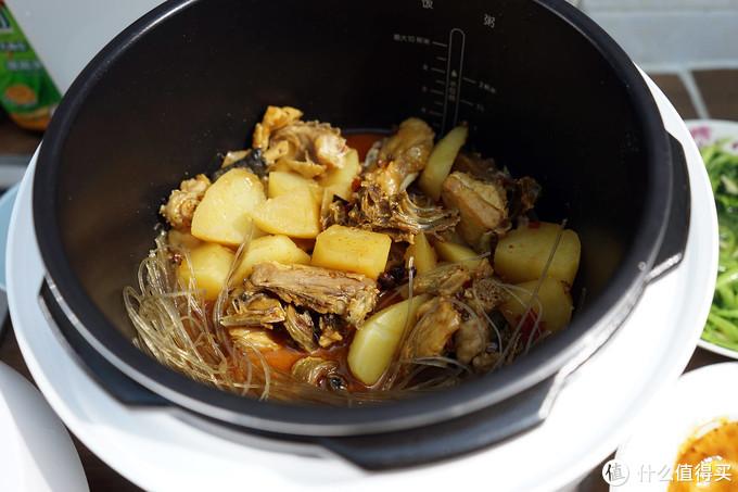 小米再推新品:智能电压力锅轻松烹饪一顿饭,不用换锅太省心了!