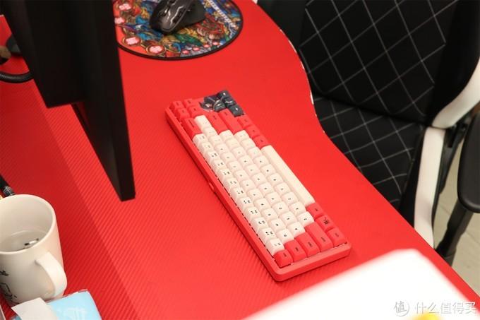 指尖上的江湖,最好看的漫画联名键盘黑爵《镖人》
