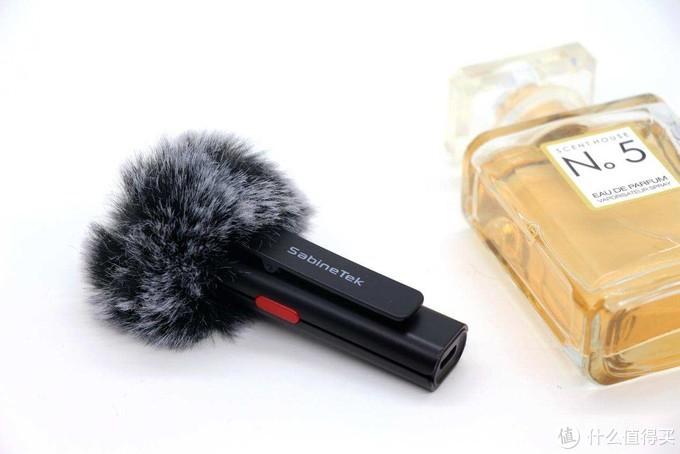 四重降噪,视频直播拾音利器:塞宾智麦Silver无线麦克风