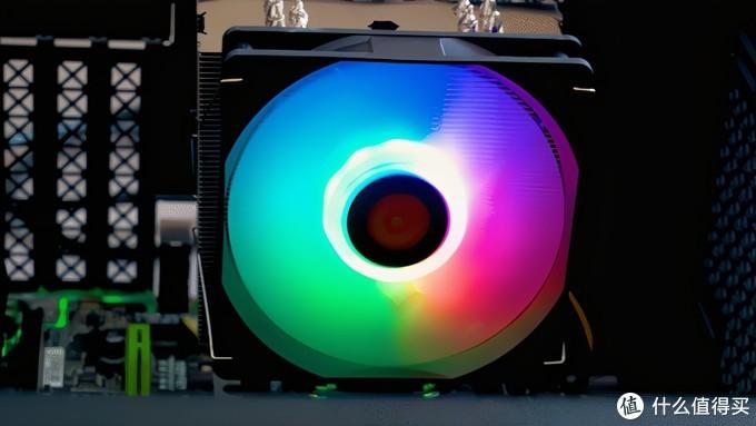 TT TD500P RGB散热器评测:开机后超级炫酷还能高性能散热