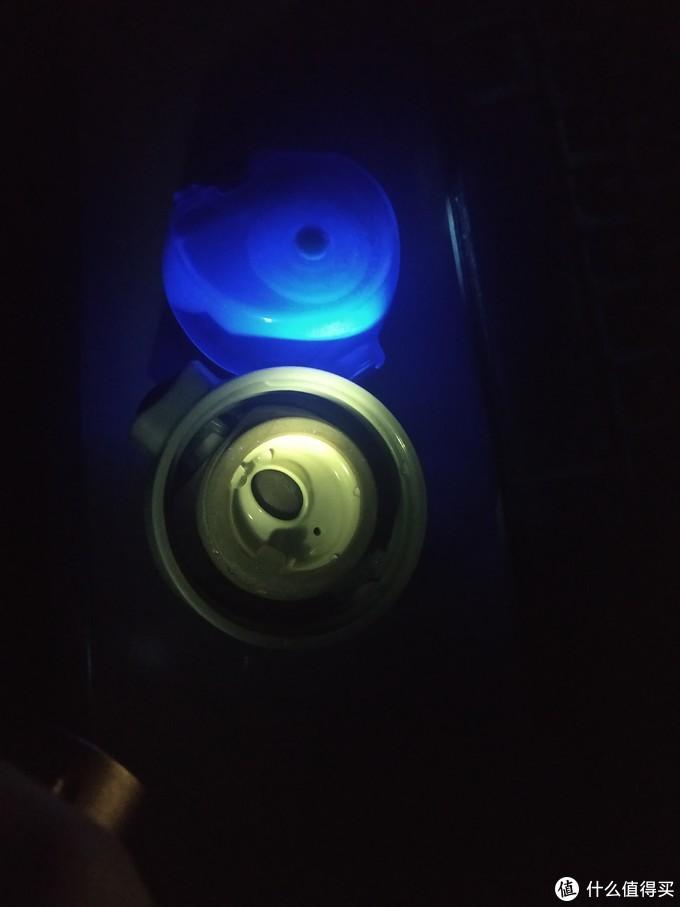 买淬火过的钛制品能减轻类似硅胶的异味吸附性,但依然怕电磁炉?钛瓶、钛壶、钛奶锅试用体验