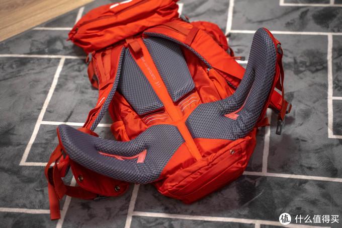 SALEWA 50L大容量登山包,让摄影师的旅途更加轻松