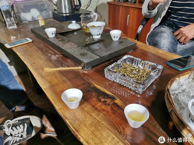 找家农家菜填饱五脏庙,钻入某茶农家饮茶