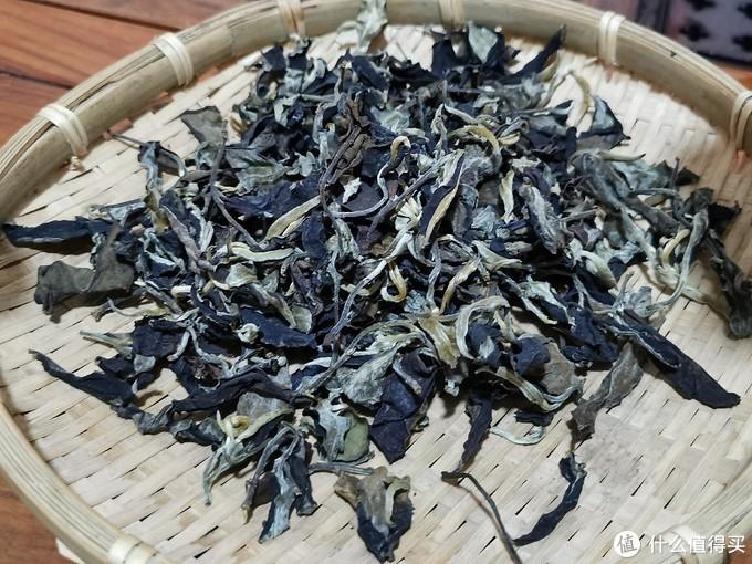 秧塔贡茶园500年古树月光白茶