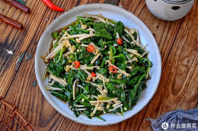 春天菠菜别炒了,试试这个做法,清爽鲜嫩,上桌五分钟就光盘