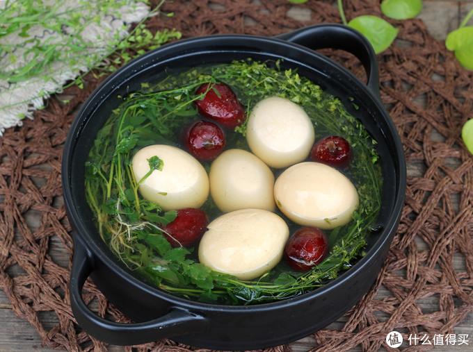 从三月三开始,荠菜花煮鸡蛋,老人吃了腰腿不疼,孩子吃了少生病