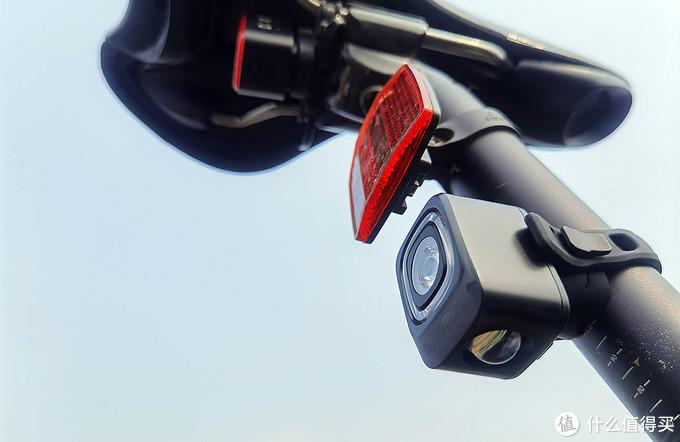 夜骑若安全,车灯很重要,迈极炫SEEMEE200车尾灯体验