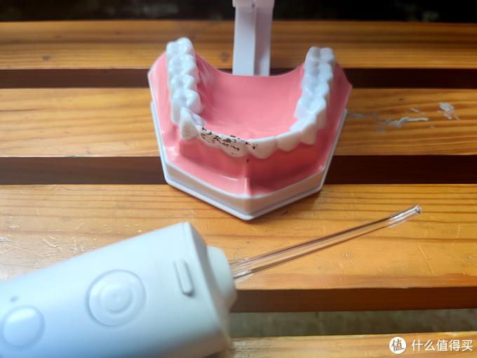 刷牙就能保持口腔健康?原来这些年你做错了