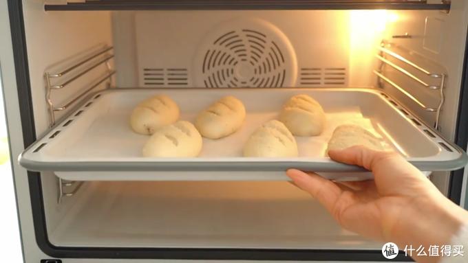 自制咸味面包法式脆肠包,外皮香脆面包柔软