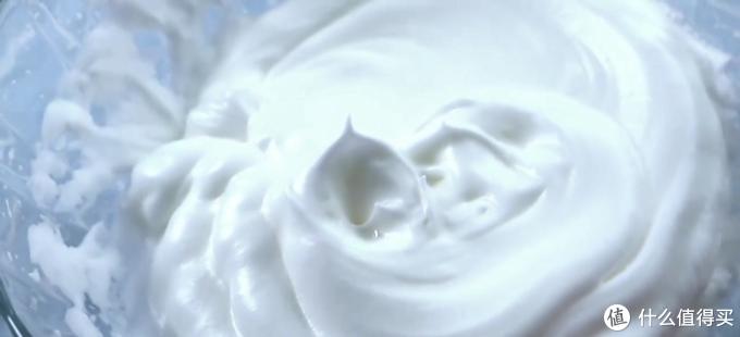 自制炼乳纸杯蛋糕,口感细腻绵密