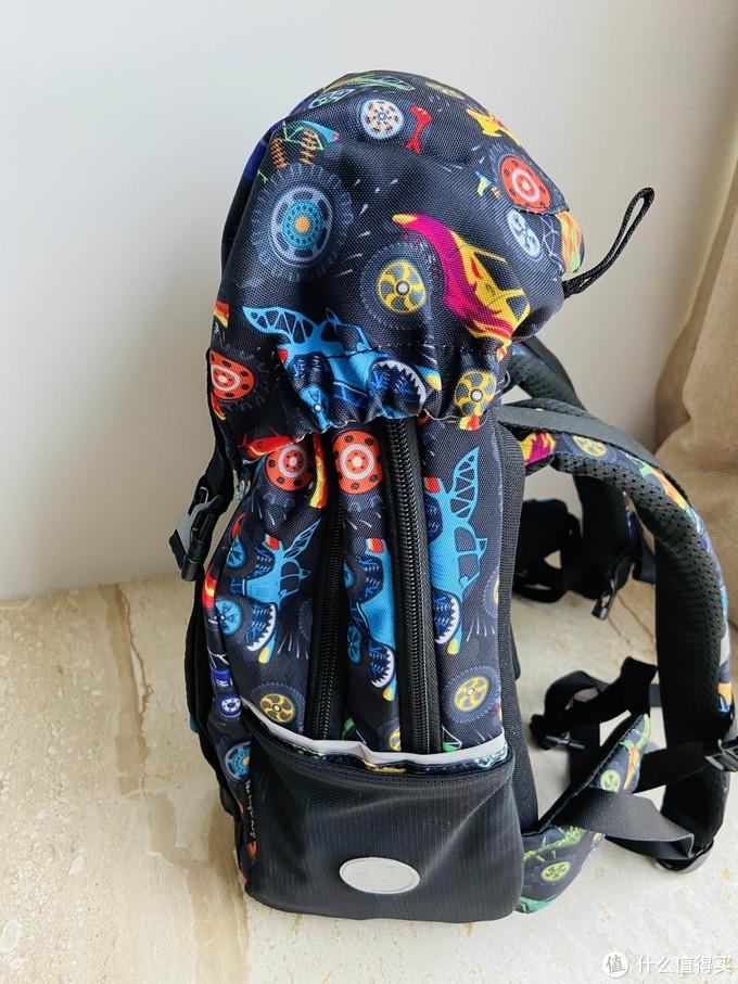 孩子的生日礼物——GMT for Kids奇幻卡车护脊儿童书包