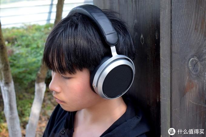 千元以下听个响?599元平板头戴耳机,HIFIMAN HE400SE到底怎么样