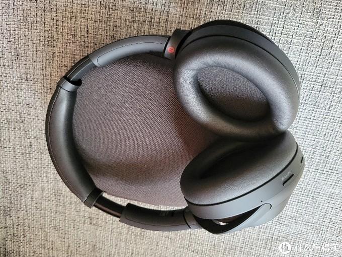静静地聆听—索尼WH_1000XM4蓝牙降噪耳机简单开箱作业