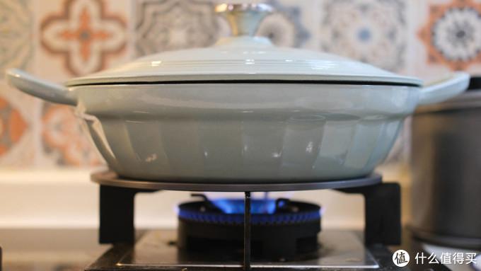 锅具保养:如何正确使用、保养珐琅铸铁锅