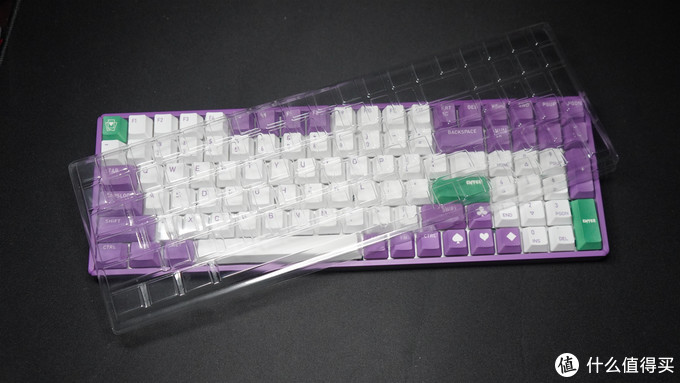 致敬小丑?低调内敛但强大的铝厂IQUNIX Joker RGB多模机械键盘