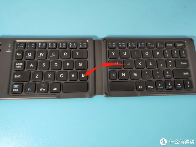 没有折叠手机的伤痛,就让折叠键盘来抚平吧!