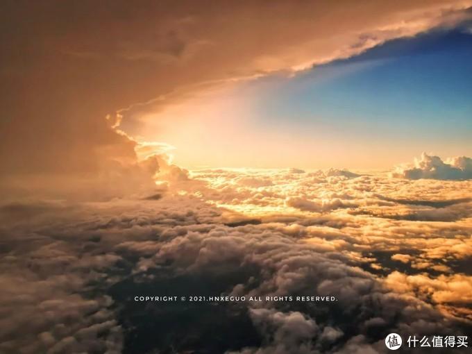 【日落与云层】每一个旅行中的日落,都是最好的期待。