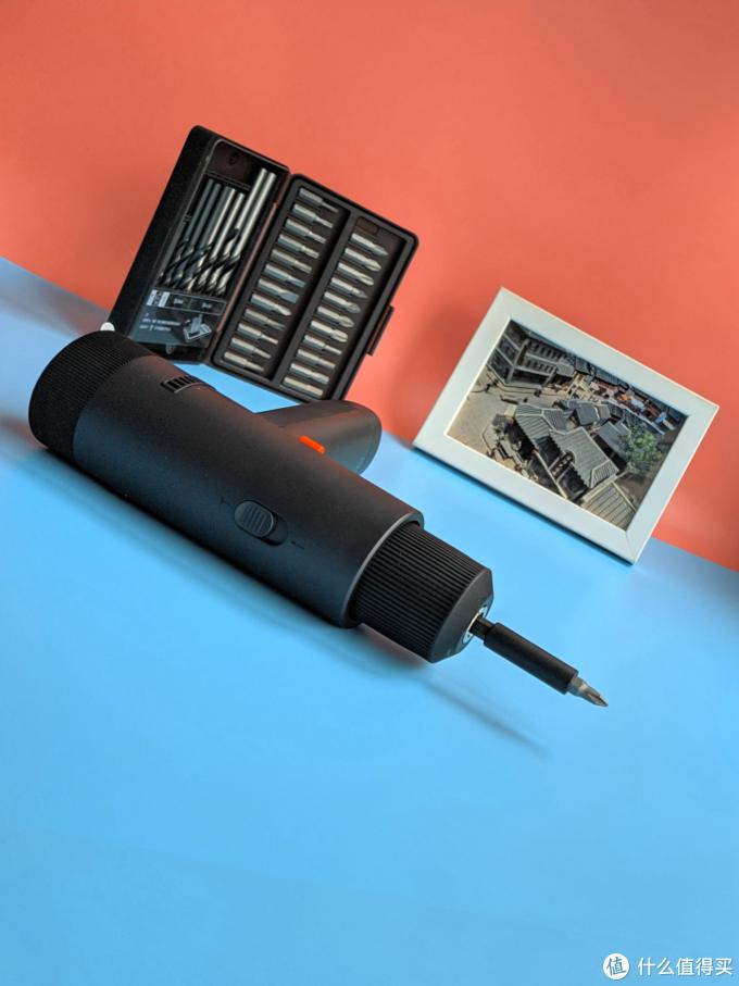 年轻人的第1台智能电钻,米家无刷智能家用电钻,是玩具还是工具?