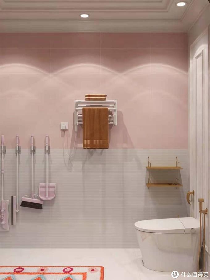 少女粉浴室🌸️安装白色花洒,颜值好心动!