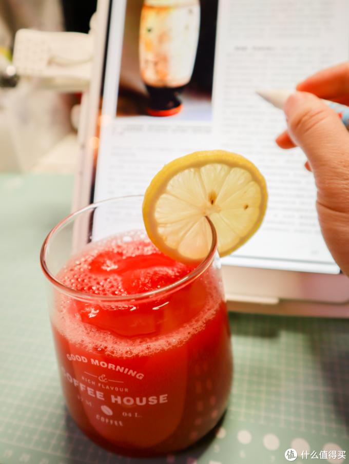 夏日饮品 | 3分钟学会8种果汁气泡水&瘦身果蔬汁(附制作经验总结)