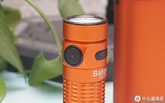 常备傲雷Baton3可充电口袋手电,随用随取,真的可以不慌