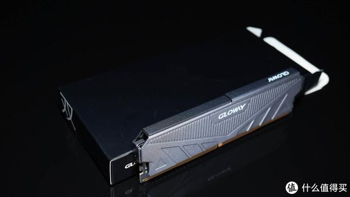 大战一触即发!光威天策DDR4内存简测