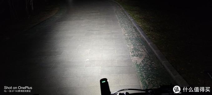 夜骑有我安全无忧迈极炫RN1200车灯评测