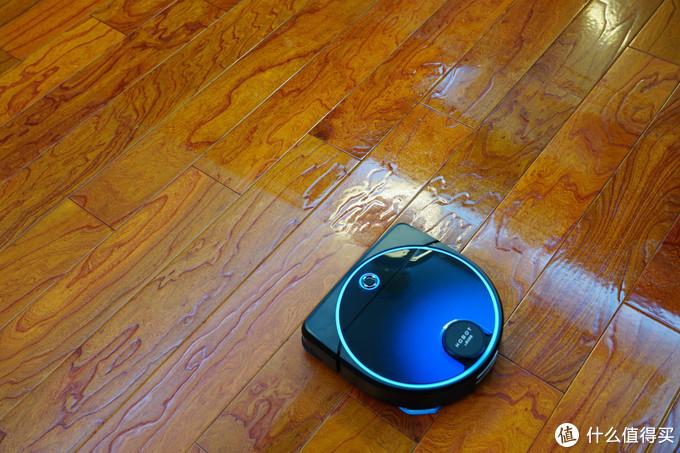 来自台湾并远销多国的HOBOT 雷姬7吸拖一体式机器人和2S擦窗机实际体验如何?本篇给你答案