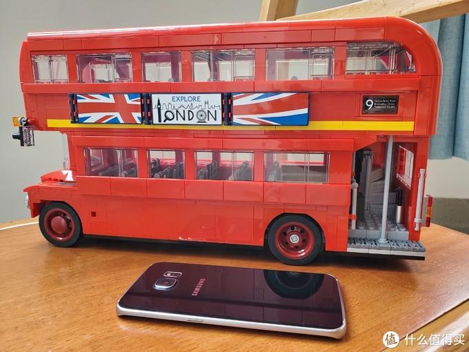 坐着双层巴士云游伦敦——致我的第一部LEGO TOY