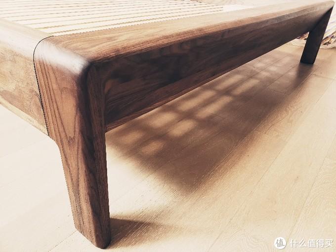 为信治木重型北美黑胡桃主卧床