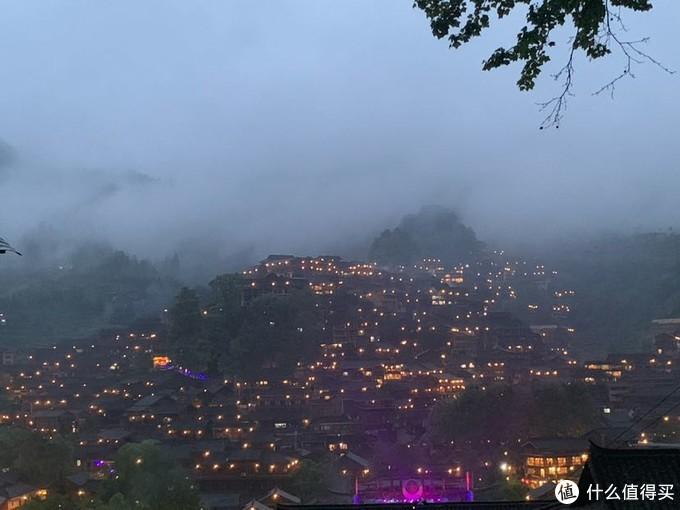 西江苗寨夜景