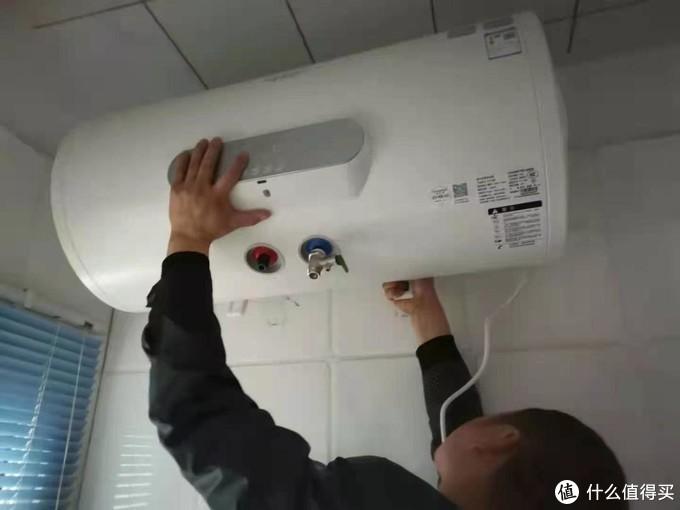 佳尼特电热水器评测:满足一家人热水需求,加热块,更安全