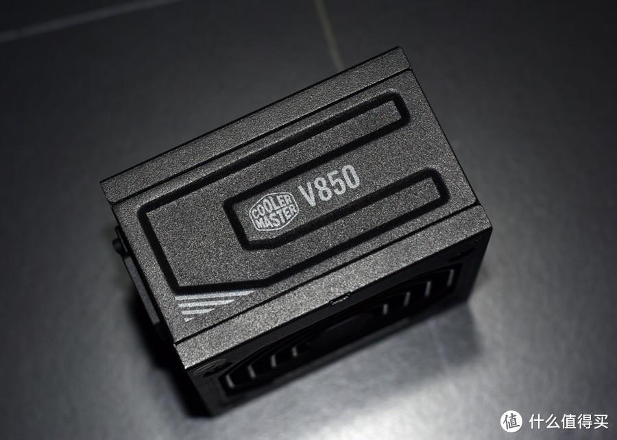 酷冷至尊CoolerMaster V850 GOLD 十年质保金牌全模组SFX电源 值得你选