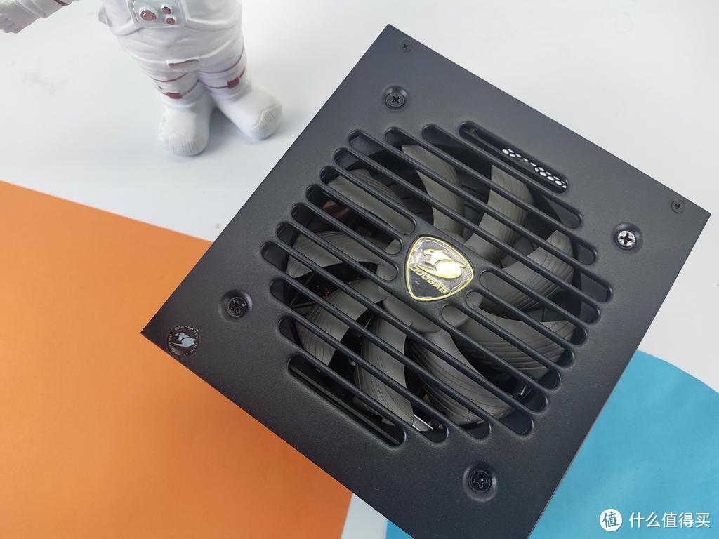 骨伽全模组电源 智能静音降噪 强劲稳定输出