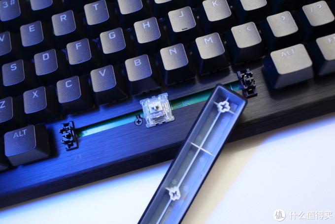 """可能是最""""电竞""""的机械键盘 —海盗船K70 RGB TKL 详评"""