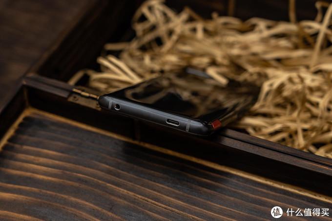 ROG Phone 5:王者背后的王者,助你攀登巅峰之路