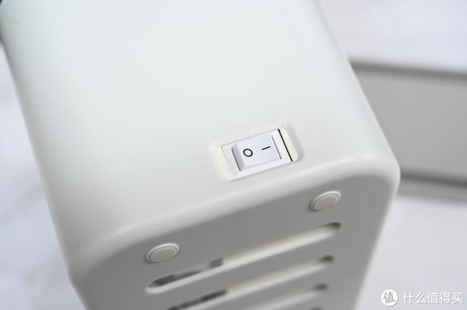 收好线缆,让桌面更简单,ORICO智能收纳盒排插体验