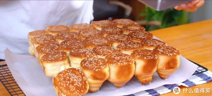 蜂蜜脆皮小面包,香甜柔软,满满的童年回忆