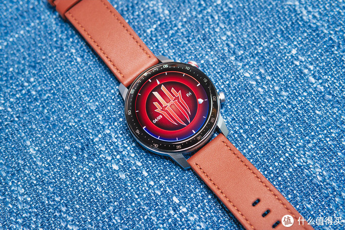 30g无感佩戴,超长续航,红魔运动智能手表体验